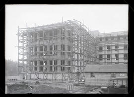 Multnomah County Hospital under construction on Marquam Hill, Portland