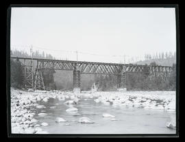 Bridge over Sandy River