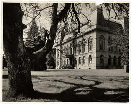 Villard Hall, University of Oregon