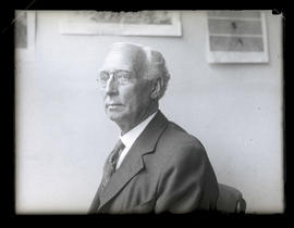 Unidentified man, seated, head and shoulders portrait
