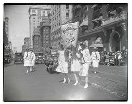 Women in parade, carrying Oregon Grape Circle 541 banner
