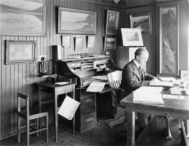 Fred Kiser in office
