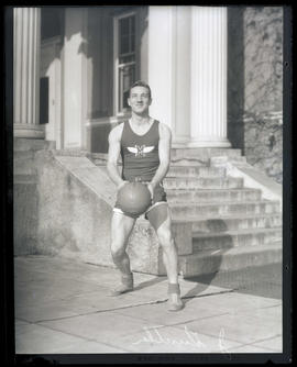 J. Gunther, basketball player for Multnomah Amateur Athletic Club