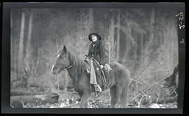 Jap Hills' daughter on a horse