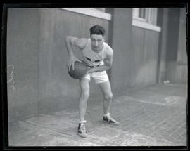 Cole, basketball player for Multnomah Amateur Athletic Club