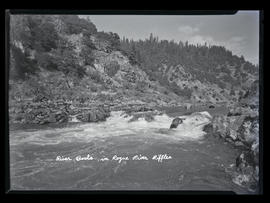 River Boats in Rogue River Riffles