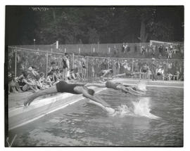 Start of swimming race