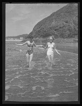 Harriet O'Halloran and Becky Anthony at Oceanside beach