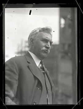 Dr. Charles Eaton during visit to Portland with Charles M. Schwab