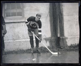 Frank Hamilton, hockey player for Portland Buckaroos