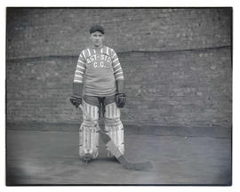 Fred Winters, hockey player