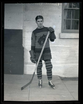 Dave Downie, hockey player for Portland Buckaroos