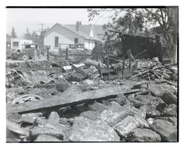 Rubble at site of fire in Cascade Locks, Oregon
