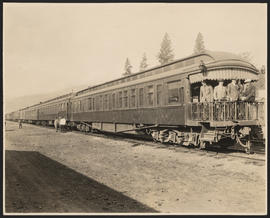 Observation car on SP&S train