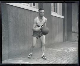 Faust, basketball player for Multnomah Amateur Athletic Club