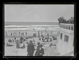 People on beach at near turnaround at Seaside, Oregon