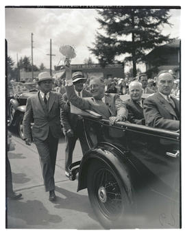 President Franklin D. Roosevelt, Congressman Charles H. Martin, and Governor Julius L. Meier in p...