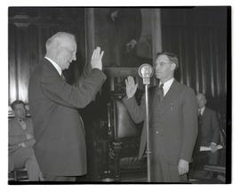 Oath ceremony in House chambers, Oregon State Capitol, Salem