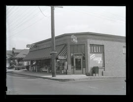 Strellman's Food Store, Southeast 45th and Stark, Portland
