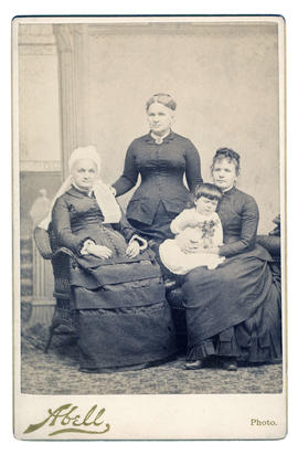 Caroline (Flanders) Couch with Caroline (Couch) Wilson and Mary Caroline (Wilson) Burns
