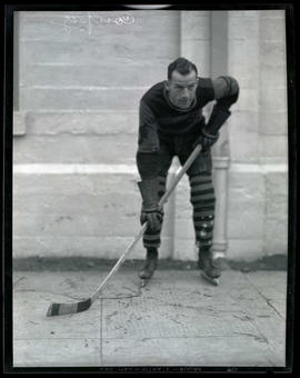 Coupez, hockey player for Portland Buckaroos