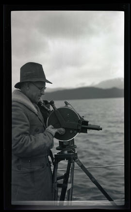 William Finley with an Akeley camera