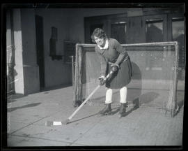 Dorothy Durrant, hockey player