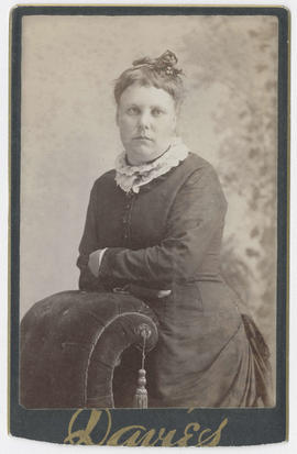 Portrait of an unidentified woman from Davies Studio