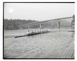 Rowers on Willamette River