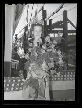 Melva Lillian Cole at ship-launching ceremony, Albina Engine & Machine Works, Portland