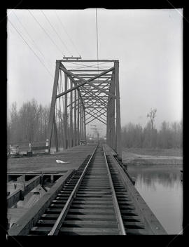 Bridge over Oregon Slough on Vancouver Line