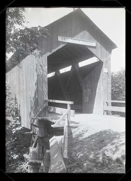 Covered bridge, Clackamas County, Oregon