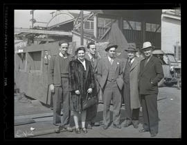 Unidentified group at Albina Engine & Machine Works, Portland
