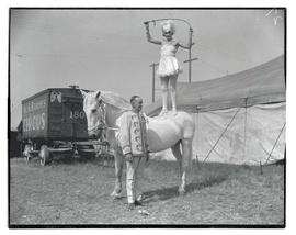 Performers with Al G. Barnes Circus