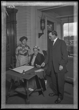 Abigail Scott Duniway signing Oregon's Equal Suffrage Proclamation