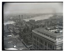 View of Multnomah County Courthouse, Hawthorne Bridge, and downtown Portland buildings