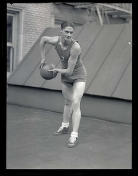Harold Brown, basketball player