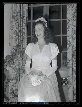 Miss Marylhurst Muryel Zoellern at Marylhurst College senior ball, 1945