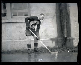 Chick Bond, hockey player for Portland Buckaroos
