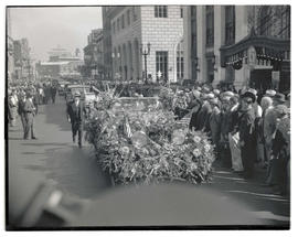 Franklin D. Roosevelt's motorcade during campaign stop in Portland