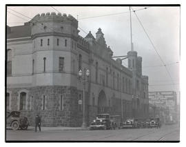 Oregon National Guard Armory and Annex, 10th and Couch, Portland