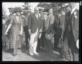 President Warren G. Harding and First Lady Florence Harding at Mount Scott cemetery in Portland