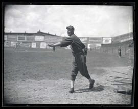 Harry Kruse, baseball player for Oakland