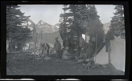 Camp at Mazama Ridge