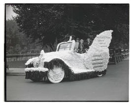 Women in decorated car