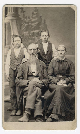 Stooky, Benjamin, Hannah and sons