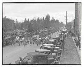 Oregon National Guard band leading funeral procession of Governor Isaac L. Patterson, Salem, Oregon
