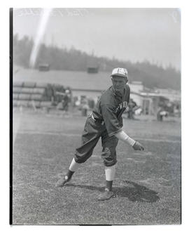 Ted Pillette, baseball player for Blitz-Weinhard