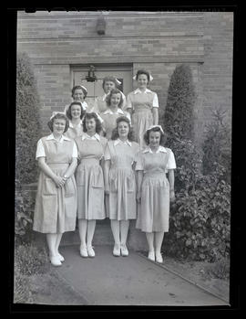 Marylhurst College students in nurses' aide uniforms, 1944?