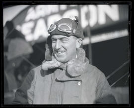 Lieutenant Oakley G. Kelly at Pearson Field in Vancouver, Washington